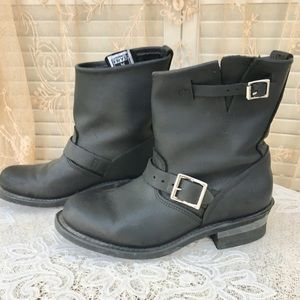 Frye Classic Moto Boots Size 8